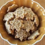 snowflake crackers